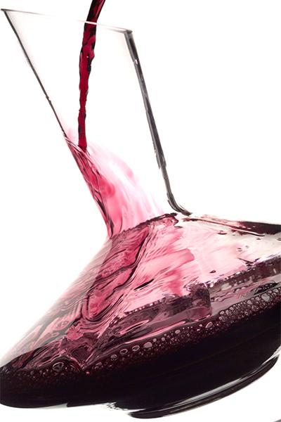 borkóstolás-fogalmak-dekantáló